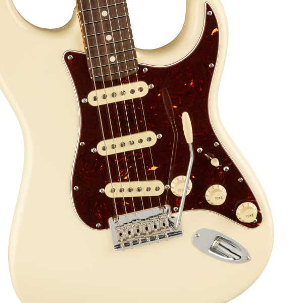American Professional II Stratocaster® Olympic White (3)